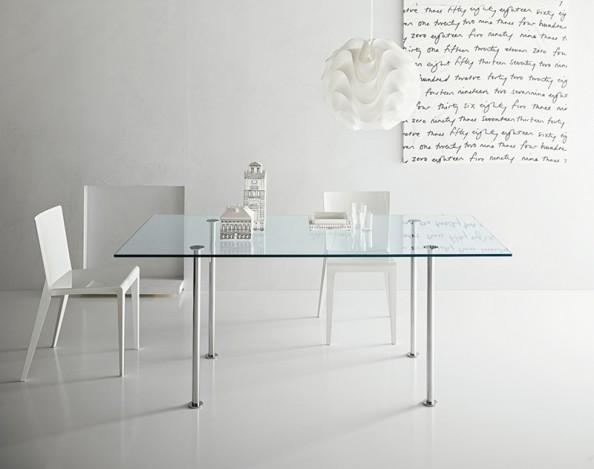 Mesa de vidro: como utilizar essa opção?