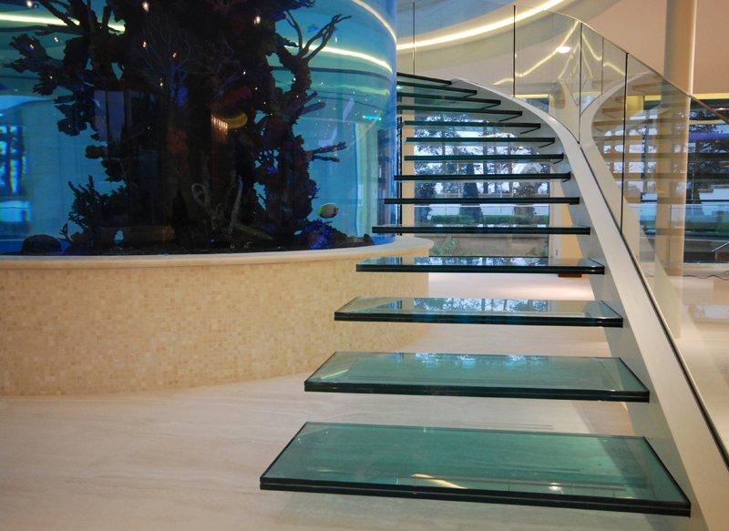 escada-de-vidro